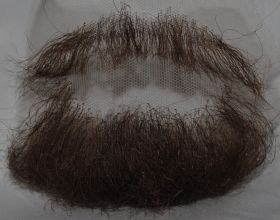 Борода средняя с усами шатен